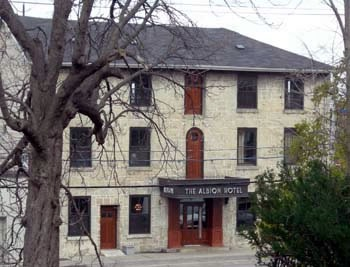 Albion Hotel, Guelph