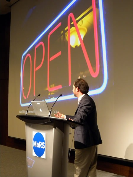 "Cameron Neylon and his ""Open"" slide at Science 2.0"