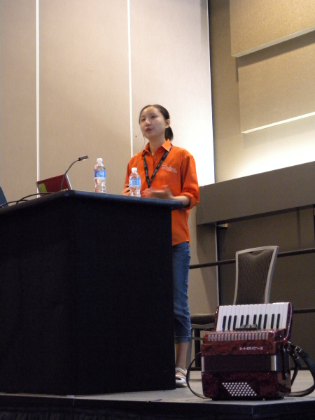 """Qixing Zheng presenting """"Expression Blend for Developers"""" at TechDays 2009 Vancouver"""