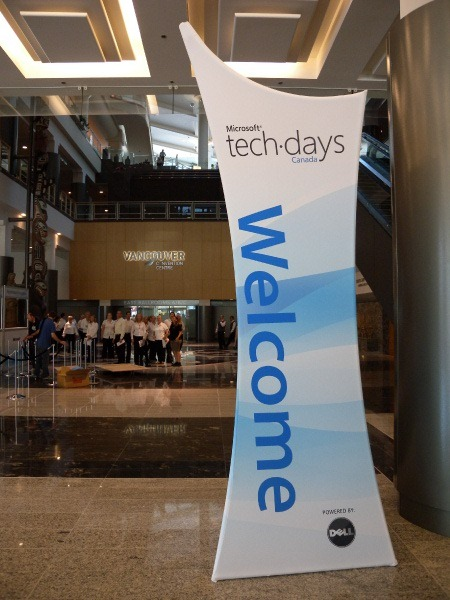 """Welcome"" sign at TechDays 2009 Vancouver, showing the Vancouver Convention centre behind it."
