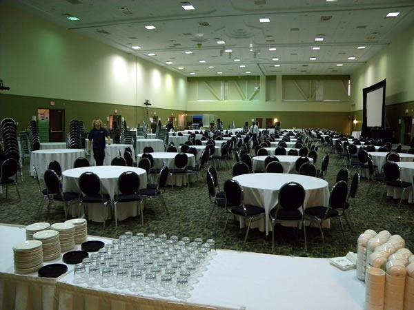 04 dining hall