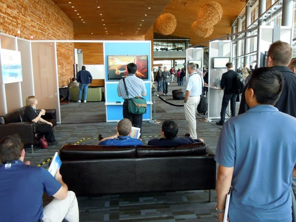 A group of TechDays attendees playing Kinect games on the Xbox 360