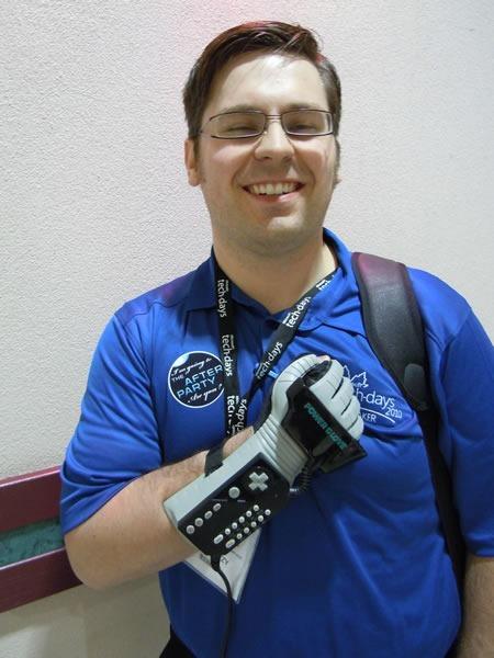 11 David Wesst PowerGlove