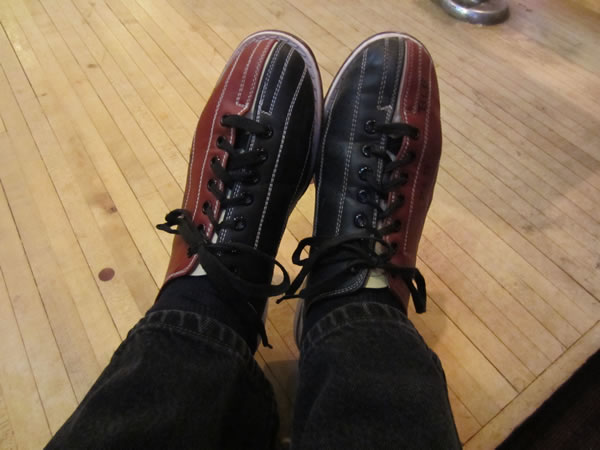 25 bowling shoes