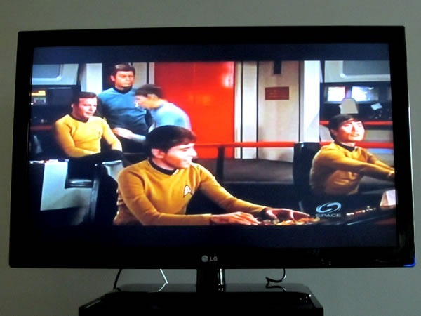 "TV set showing ""Star Trek"""