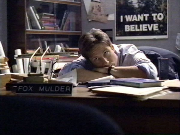 mulder-and-i-want-to-believe-poster.jpg