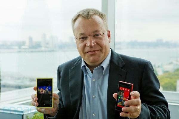stephen elop and 2 nokia phones
