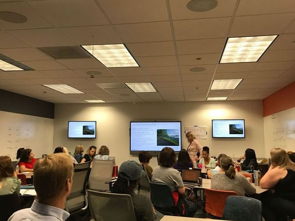 Photo: Julee Bellomo presents at Women Who Code Tampa's 'All About Agile' meetup.