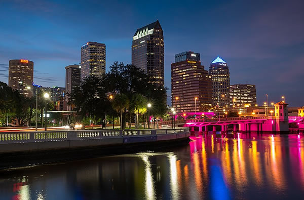 Looking downtown at the Tampa skyline at night